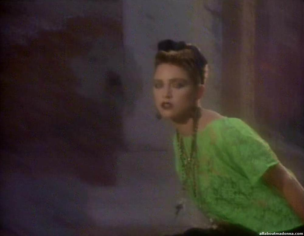 madonna-like-a-virgin-video-cap-0003