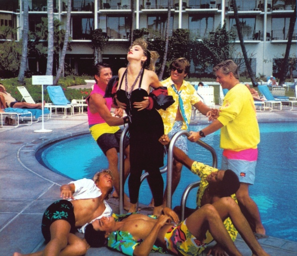Ritts - Hawaian Boys Pool (1)