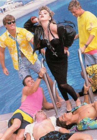 Ritts - Hawaian Boys Pool (3)