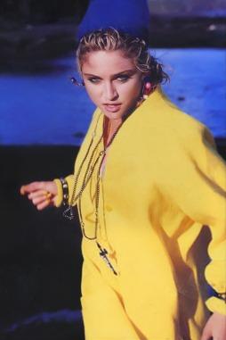 Ritts - Yellow Coat (2)
