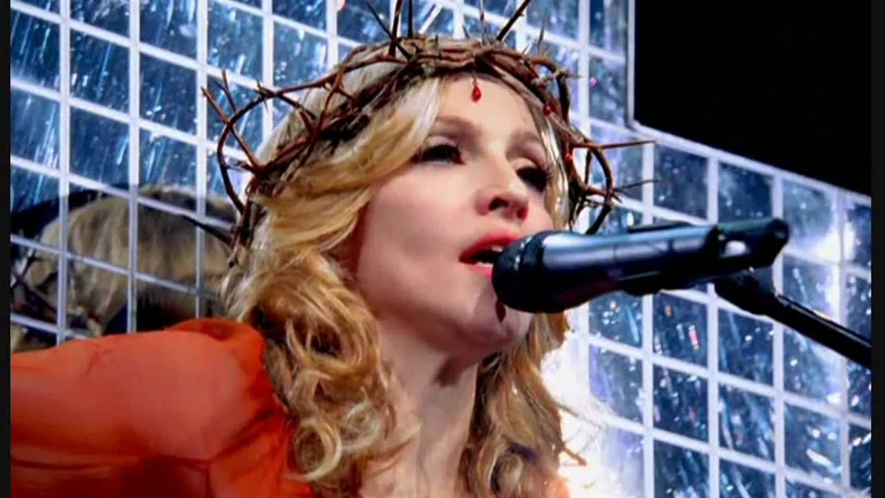 Live to Tell - Confessions Tour (25)